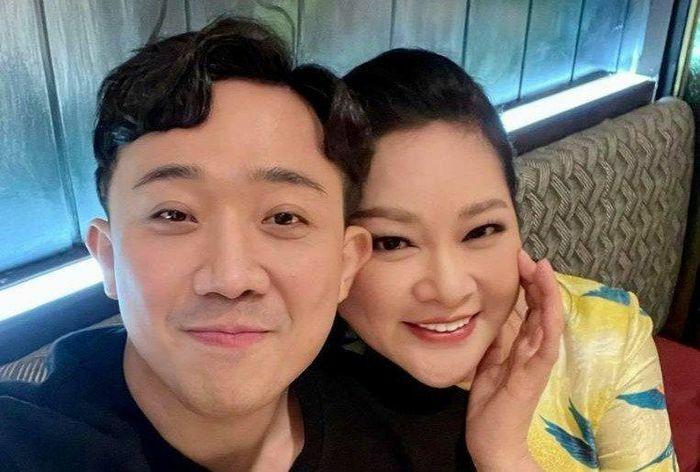 """Trấn Thành khoe ảnh chụp cùng Như Quỳnh, tiết lộ """"mãi yêu chị"""""""