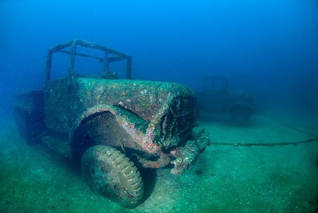 Khám phá những thứ kỳ lạ nhất dưới đáy đại dương