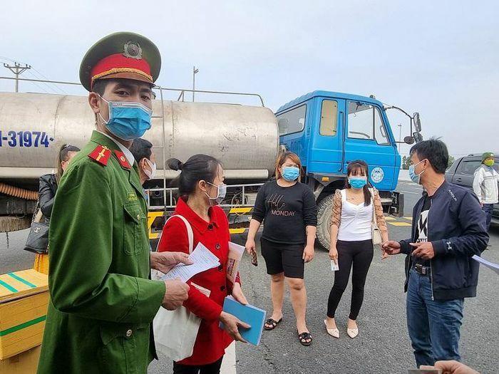 Lịch trình di chuyển của 3 ca mắc Covid-19 mới ở Quảng Ninh