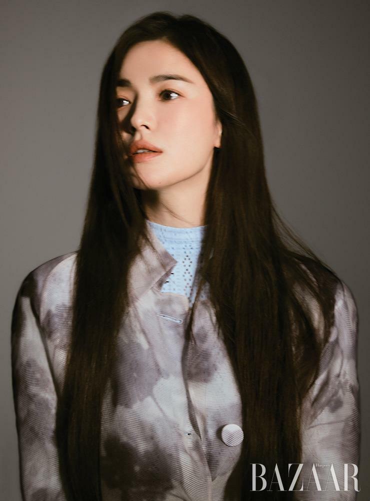 """Bài phỏng vấn gây sốt của Song Hye Kyo: Lý do những bài đăng trên Instagram và bí mật phía sau sự """"bình tĩnh"""" đến khó tin về việc ly hôn Song Joong Ki"""