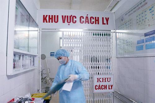 Cách ly nam sinh chạy xe máy từ Hà Nội về Nghệ An có biểu hiện sốt, ho