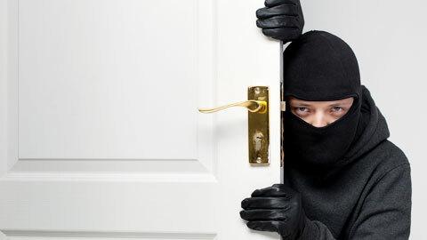 Trộm cướp & mối liên hệ với… bóng đá Pháp
