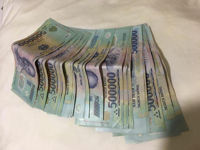 Cô gái rơi tiền ở TP.HCM nhận được 36 triệu đồng