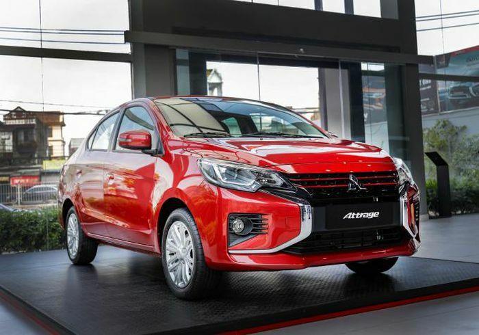 """Mở hàng Xuân Tân Sửu, Mitsubishi Attrage Premium """"khai hỏa"""""""