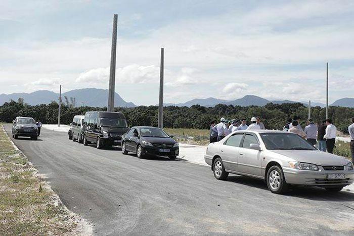 Đường kết nối vào Khu tái định cư Bãi Giếng 1: Cần sớm được xây dựng