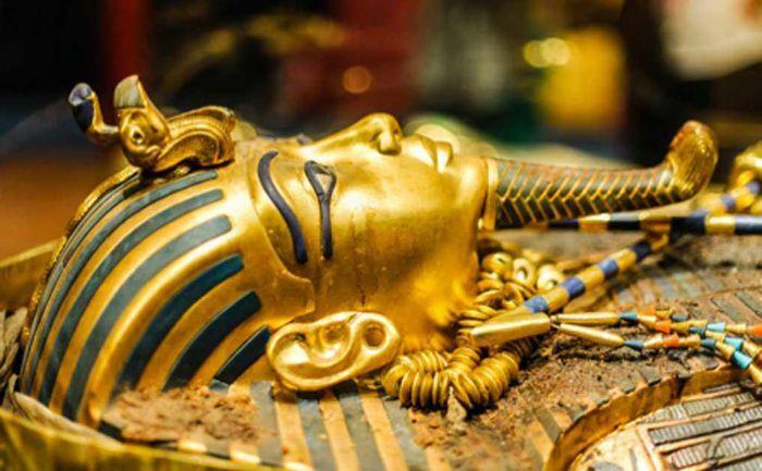Tiết lộ sốc vật liệu làm dao găm của pharaoh Ai Cập