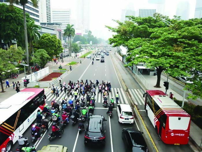 """Cách Indonesia hóa giải """"ác mộng"""" tắc đường ở thủ đô Jakarta"""