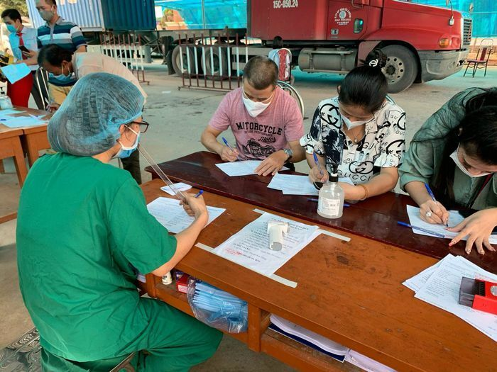 Muốn đến Quảng Ninh phải có giấy xét nghiệm hoặc đi cách ly tự trả phí