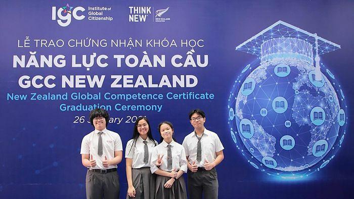 25 học sinh Việt Nam đầu tiên nhận chứng chỉ Năng lực toàn cầu