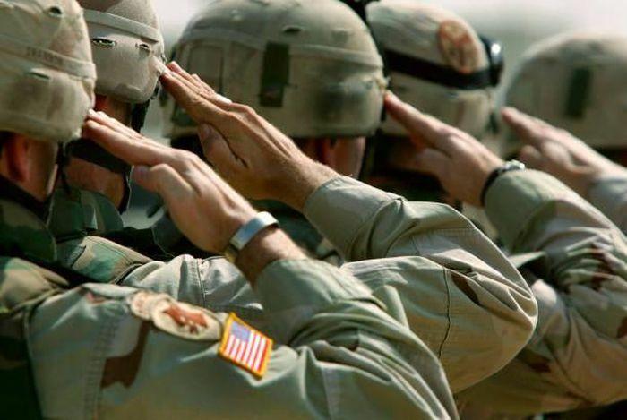 Mỹ: 30% lực lượng quân đội từ chối tiêm vắc-xin