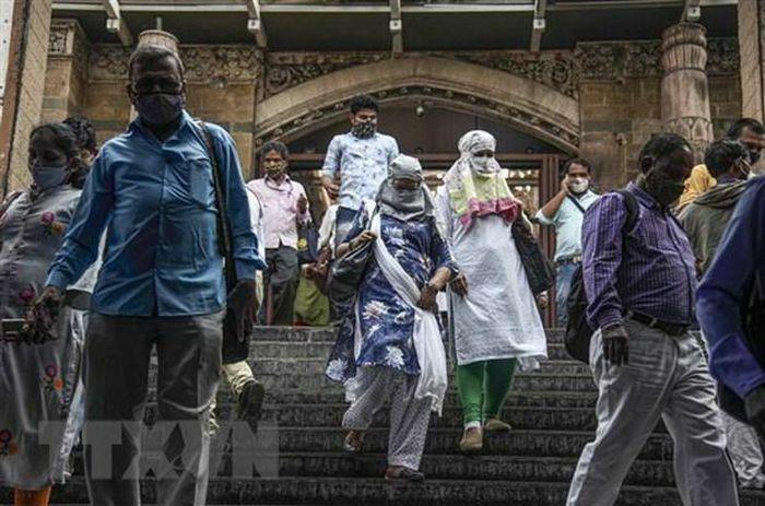 COVID-19: Ấn Độ áp đặt hạn chế mới, học sinh Đức trở lại trường học