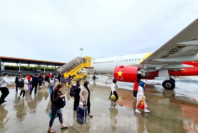 Các hãng hàng không khai thác 643 chuyến bay trong ngày 5/2