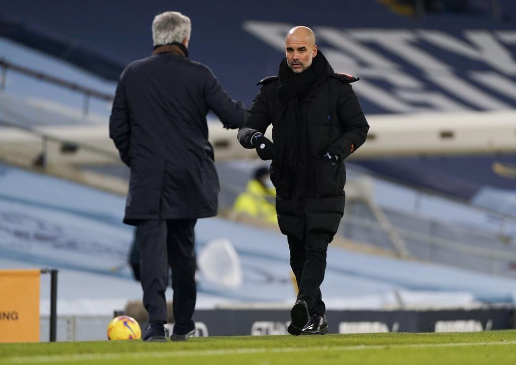 Mourinho không còn là đối thủ xứng tầm của Guardiola