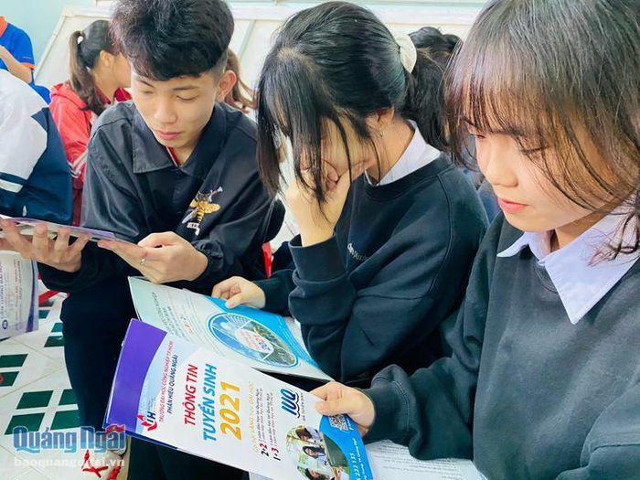 Các trường đại học ở Quảng Ngãi: Khởi động công tác tư vấn tuyển sinh