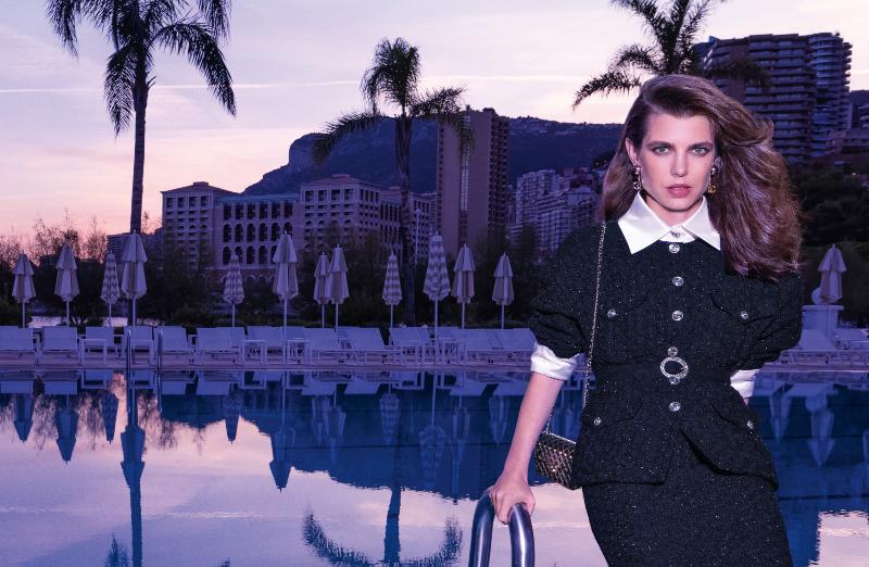 """Công nương Charlotte Casiraghi """"xuất thần"""" với khí chất ngời ngời trong chiến dịch quảng bá của Chanel"""