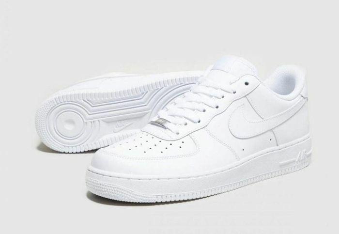 5 mẫu giày cho các đôi yêu nhau dịp Valentine