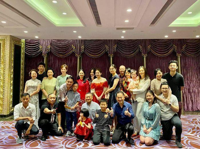 Các thí sinh và dàn huấn luyện viên Rap Việt đang chào đón Tết Tân Sửu ra sao?