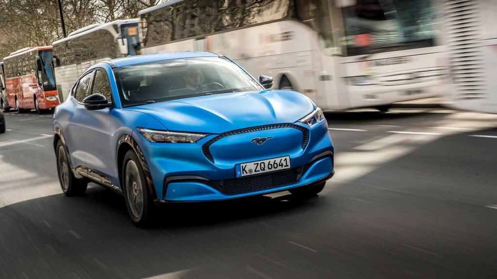 Ford sẽ dừng bán ôtô sử dụng động cơ đốt trong tại châu Âu từ năm 2030