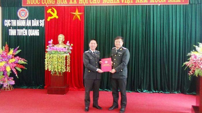 Trao quyết định bổ nhiệm Phó Chi cục trưởng Thi hành án dân sự huyện Chiêm Hóa