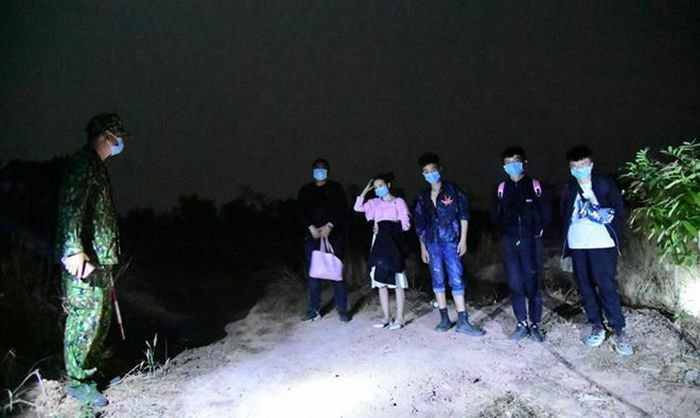 Phát hiện 5 người Trung Quốc nhập cảnh trái phép