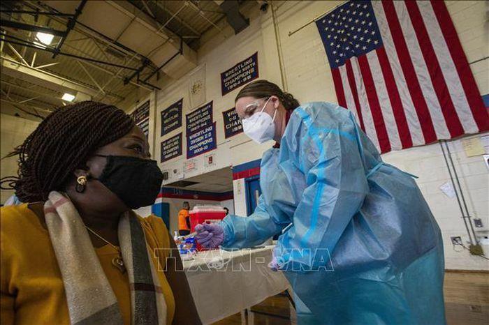 Diễn biến COVID-19 tới 6h sáng 19/2: Thế giới có trên 110,7 triệu ca mắc; Trên 3 triệu trẻ em Mỹ đã mắc bệnh