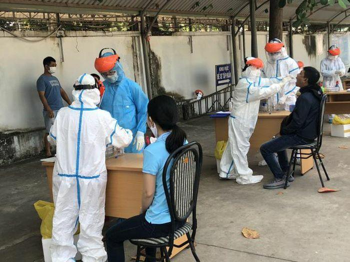 Bà Rịa – Vũng Tàu: 4 thuyền viên tàu Indonesia dương tính SARS-CoV-2 lần 1