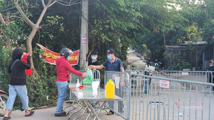 Nhật ký mùng 2 Tết: Chủng virus nCoV tại Tân Sơn Nhất lần đầu xuất hiện ở Việt Nam
