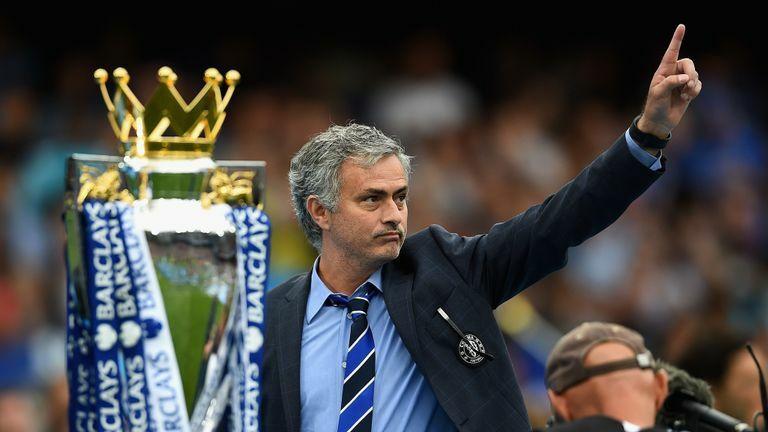 """Trước đại chiến, Mourinho gửi lời """"khiêu khích"""" đến Tuchel"""