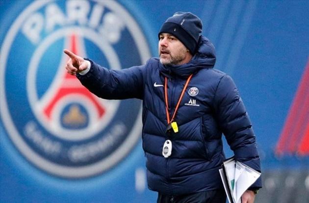 Cựu sao Man Utd chỉ rõ điều khiển Pochettino khó chịu