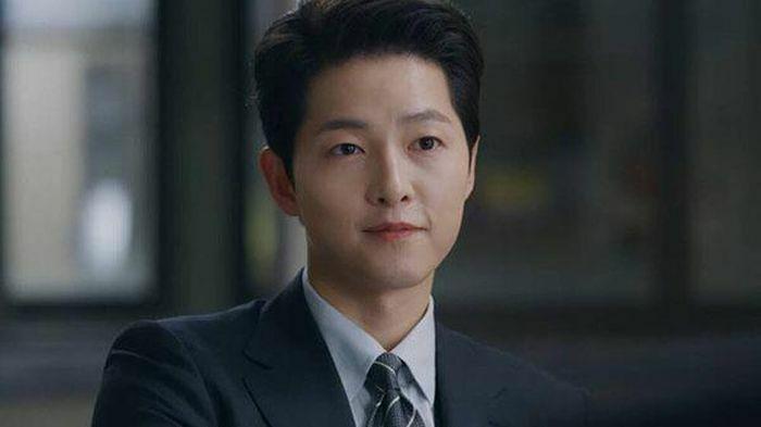 """Rating của Vincenzo tăng mạnh, Song Joong Ki """"nguy hiểm bậc nhất"""""""