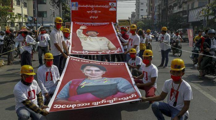 Biểu tình tiếp tục lan rộng ở Myanmar