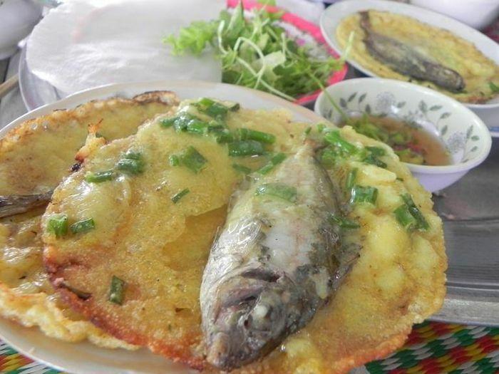 Bánh khoái cá kình- Mê đắm từ tên gọi