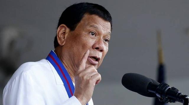Tổng thống Duterte cáo buộc Mỹ muốn biến Philippines thành tiền đồn quân sự