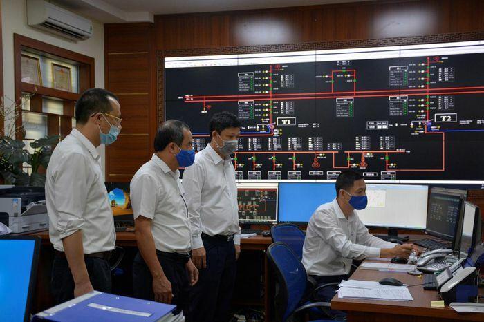 Điện Biên: Cách ly CBCNV vận hành, an toàn điện phục vụ Tết Nguyên đán