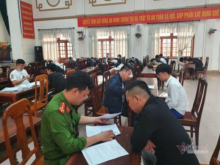 """Hơn 50 nam nữ ở Quảng Trị tụ tập """"chơi"""" ma túy trong quán bar"""
