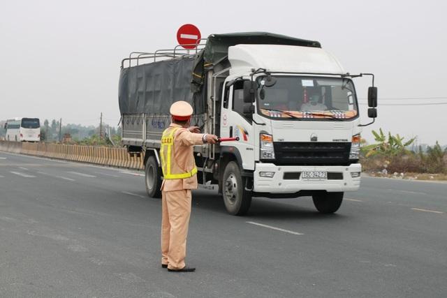 Hải Phòng cho phép phương tiện vận tải hàng hóa lưu thông trên QL 5