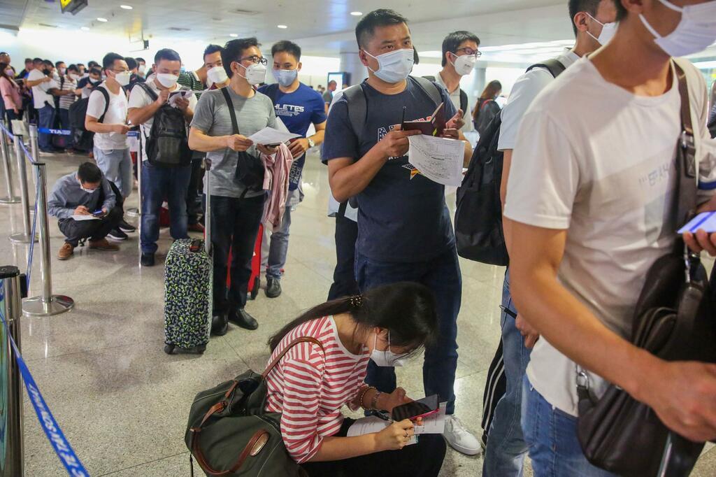 Cục Hàng không chỉ thị cấp bách sau khi phát hiện nhân viên sân bay Tân Sơn Nhất nhiễm Covid-19