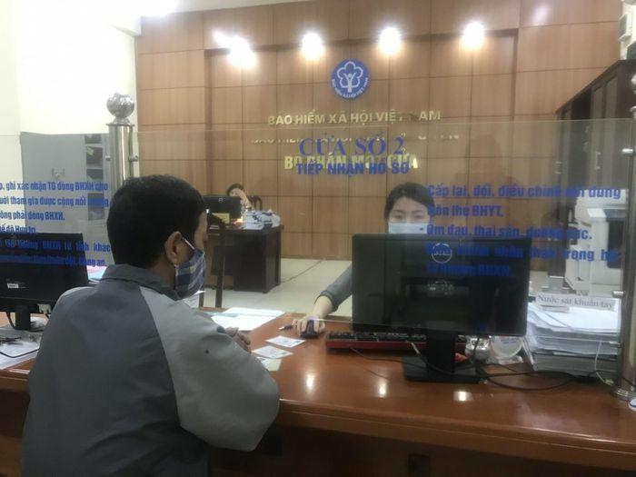 Chi trả gộp 2 tháng lương hưu, trợ cấp BHXH tại địa phương có dịch COVID-19