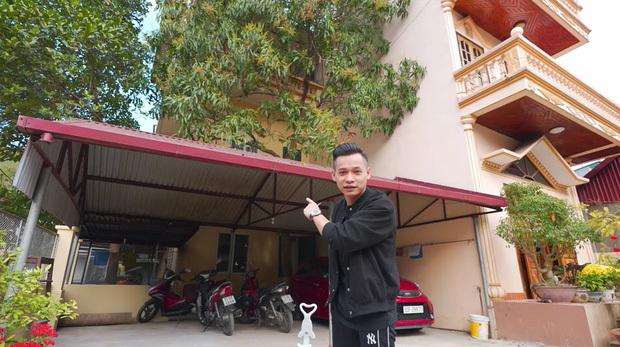 """Không chỉ có """"biệt phủ 7 tầng"""", căn nhà của Độ Mixi tại Cao Bằng cũng chẳng phải dạng vừa đâu!"""