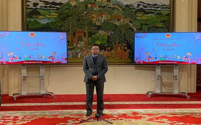 Người Việt Nam tại Trung Quốc chung vui Tết cộng đồng mừng năm mới