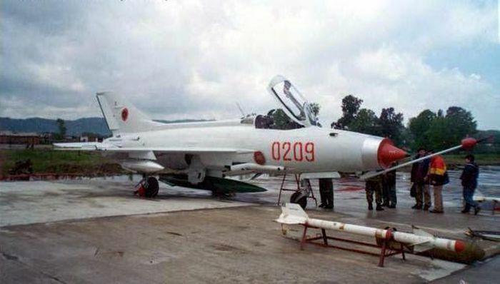 Hé lộ bí ẩn sau phi vụ Trung Quốc bán tiêm kích MiG-21 cho Mỹ