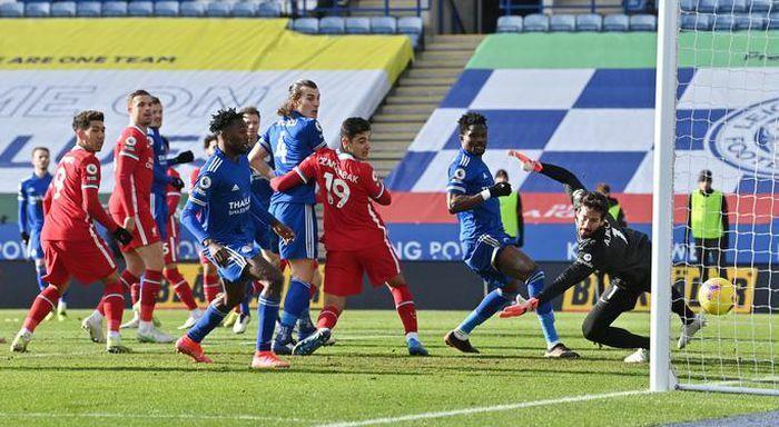 7 phút rung chuyển King Power, Leicester ngược dòng quật ngã Liverpool