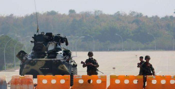 Tướng lĩnh Myanmar siết chặt quyền lực khi Mỹ dọa trừng phạt