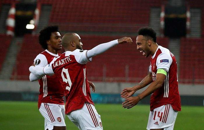 Europa League: M.U và Arsenal đi tiếp, sạch bóng đại diện của Đức