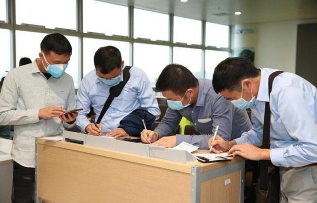 Cắt vĩnh viễn thuê bao điện thoại những người cố tình trốn khai báo y tế