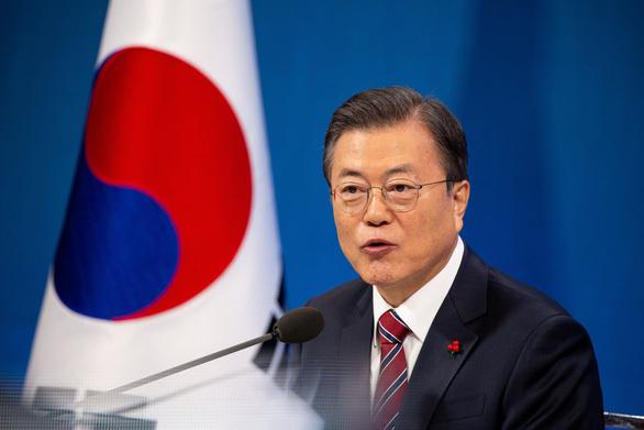 """Hàn Quốc: Người nước ngoài lao động """"chui"""" làm thêm 13 tháng"""