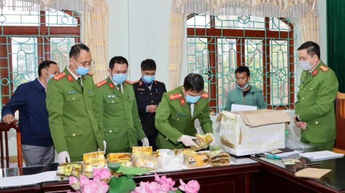 Lai Châu: Huy động 400 người vây bắt 3 đối tượng, phá chuyên án ma túy lớn