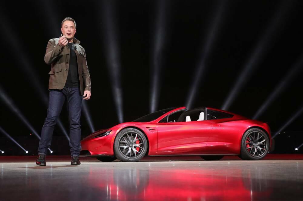 Giá Bitcoin tăng kỷ lục sau khi Tesla đầu tư 1,5 tỉ USD, chấp nhận thanh toán bằng tiền điện tử