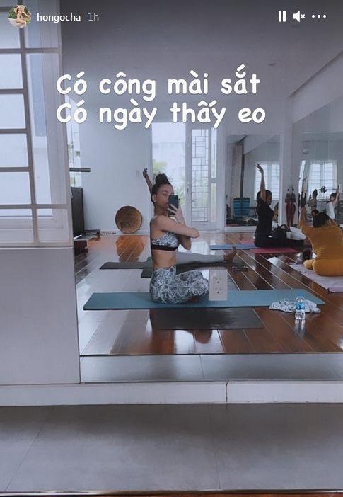 Không còn phải photoshop, Hồ Ngọc Hà khoe cơ bụng cuồn cuộn