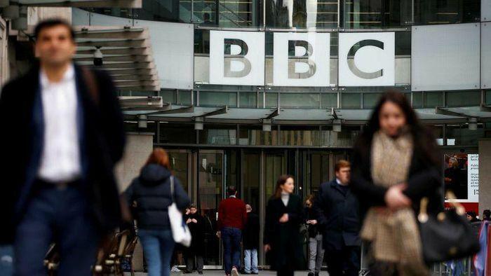 Trung Quốc thẳng tay cấm cửa kênh BBC World News, Anh-Mỹ nói gì?